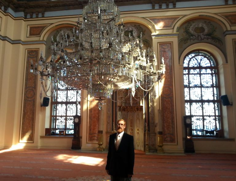 Yehuda Glick inside the Dulmabache Mosque in Istanbul. (Photo: Courtesy)